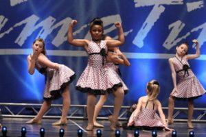 dance-team-america-show-dynamitedance-presentation